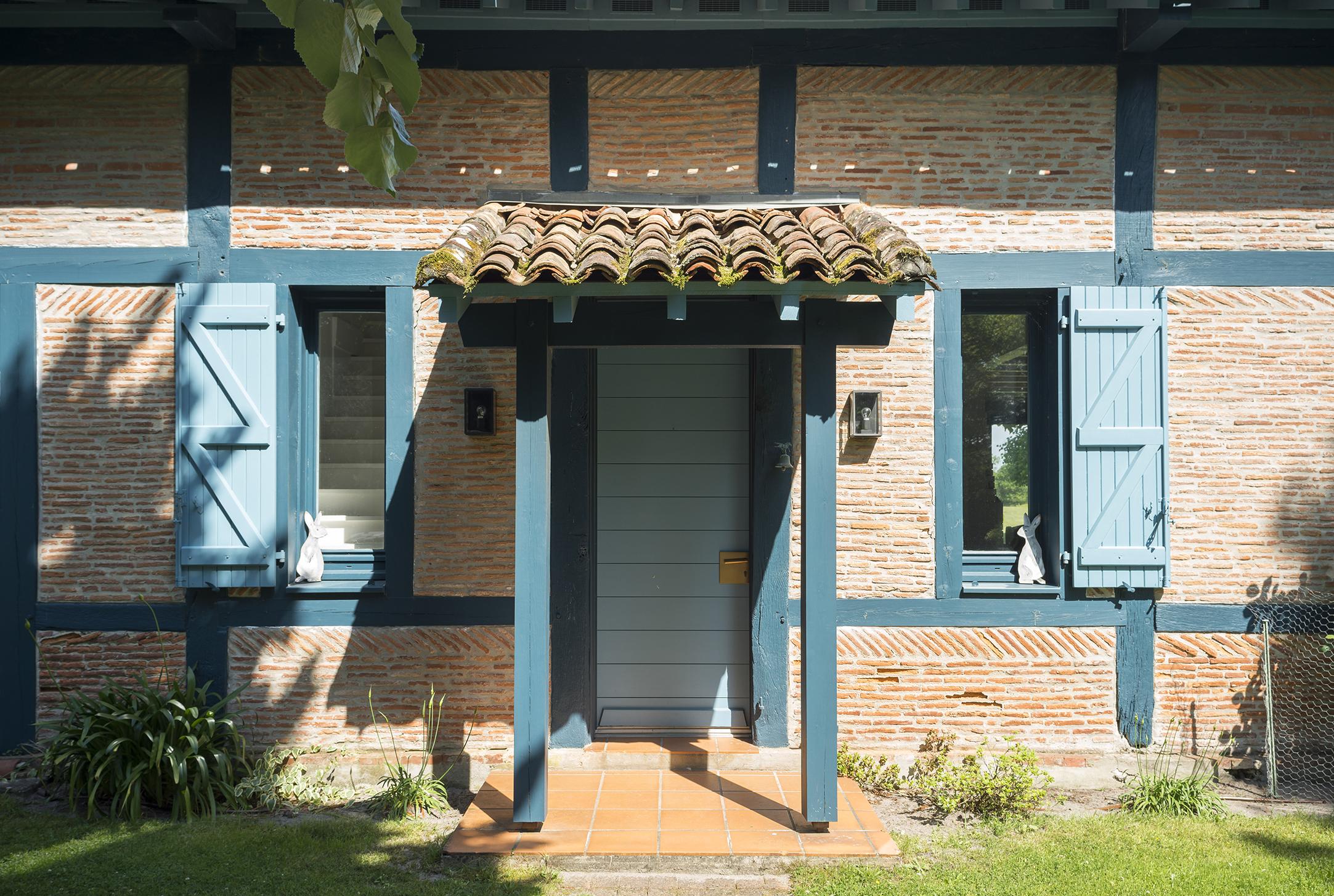 Lala Architectes_Landes_Rénovation_Façades_Entrée couverte