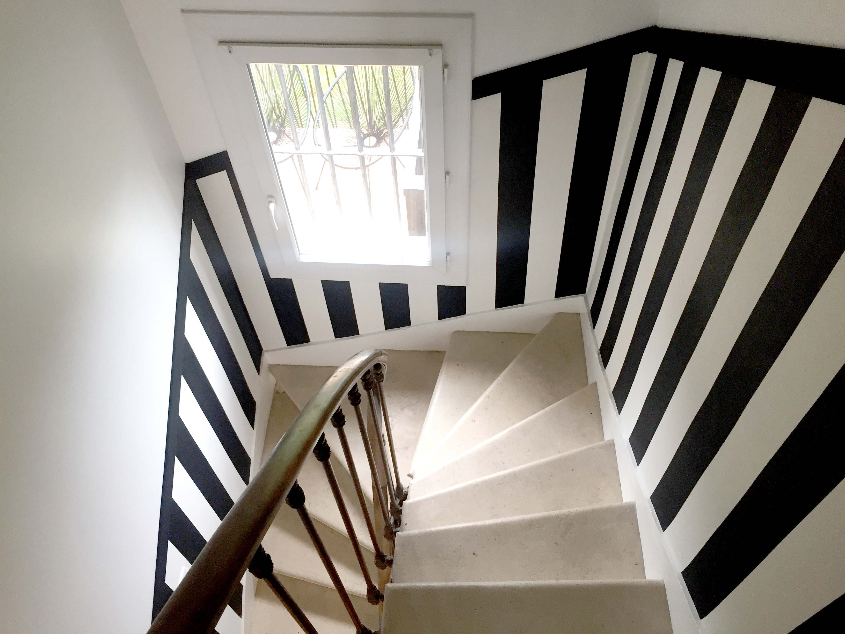 Lalaarchitectes_Bordeaux_rénovation_rayures_escalier