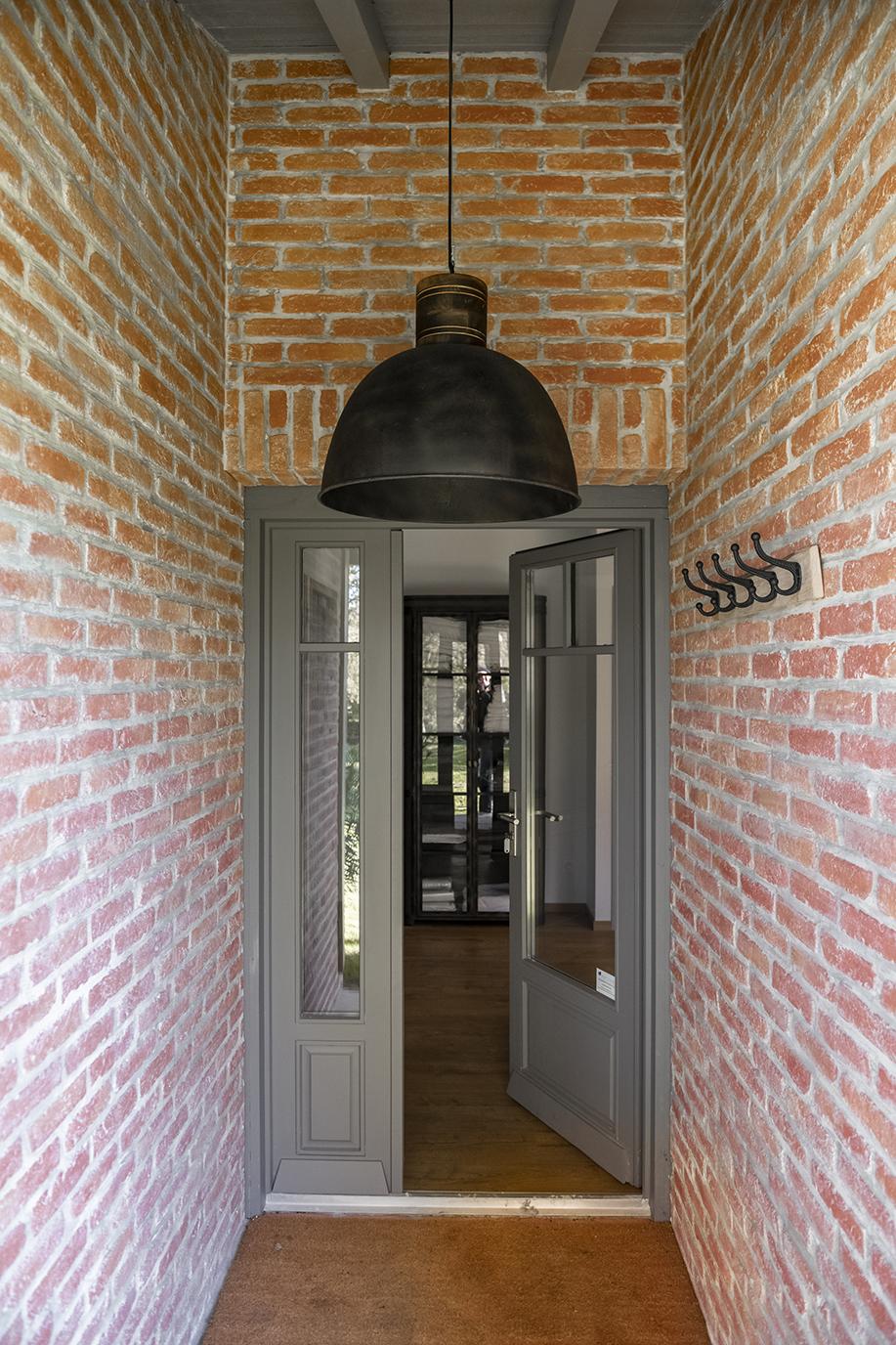 Rénovation_maison landes_lala architectes_Entrée briquettes