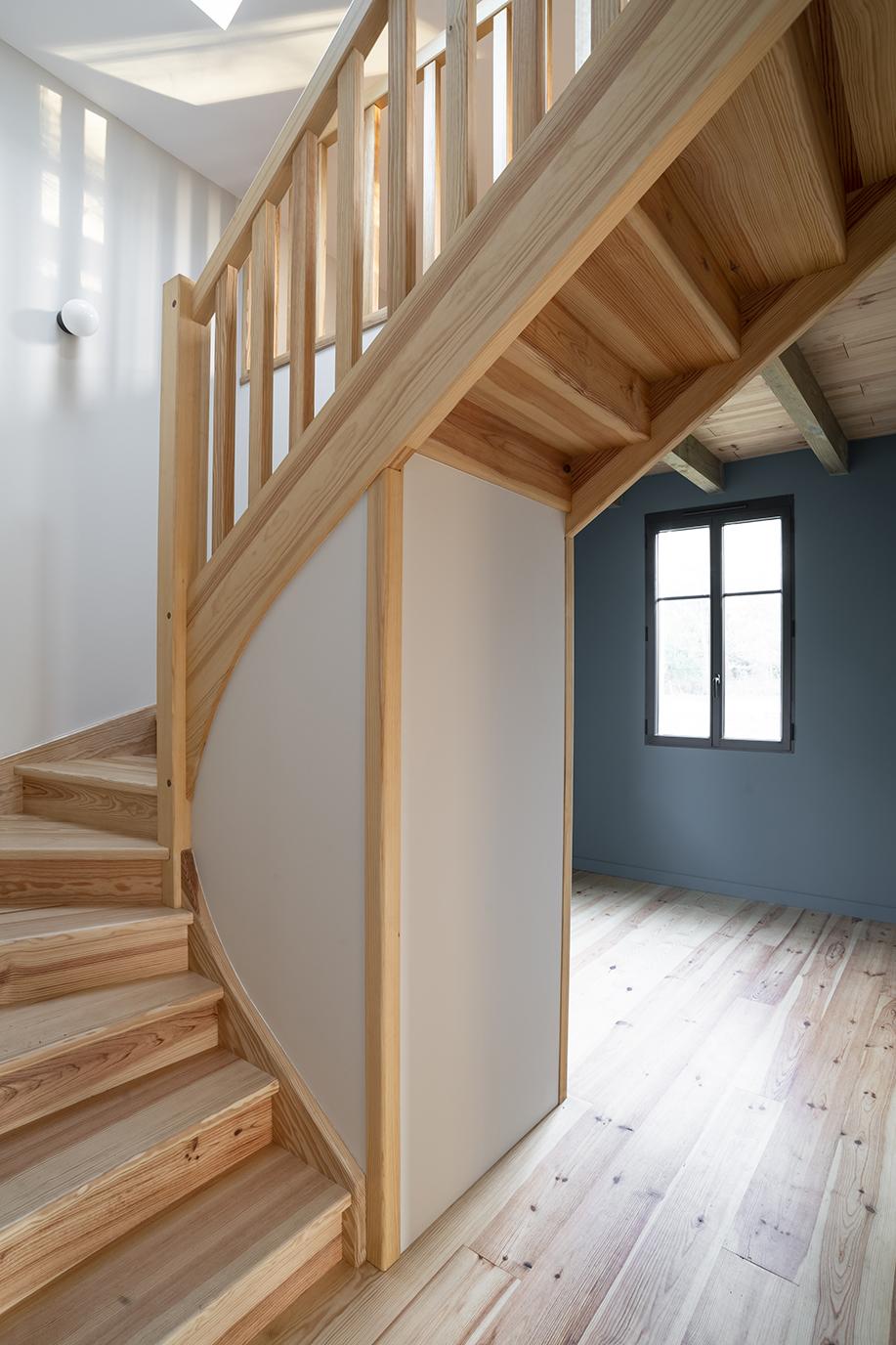 Lalaarchitectes_Landes_Rénovation_escalierfonctionnel
