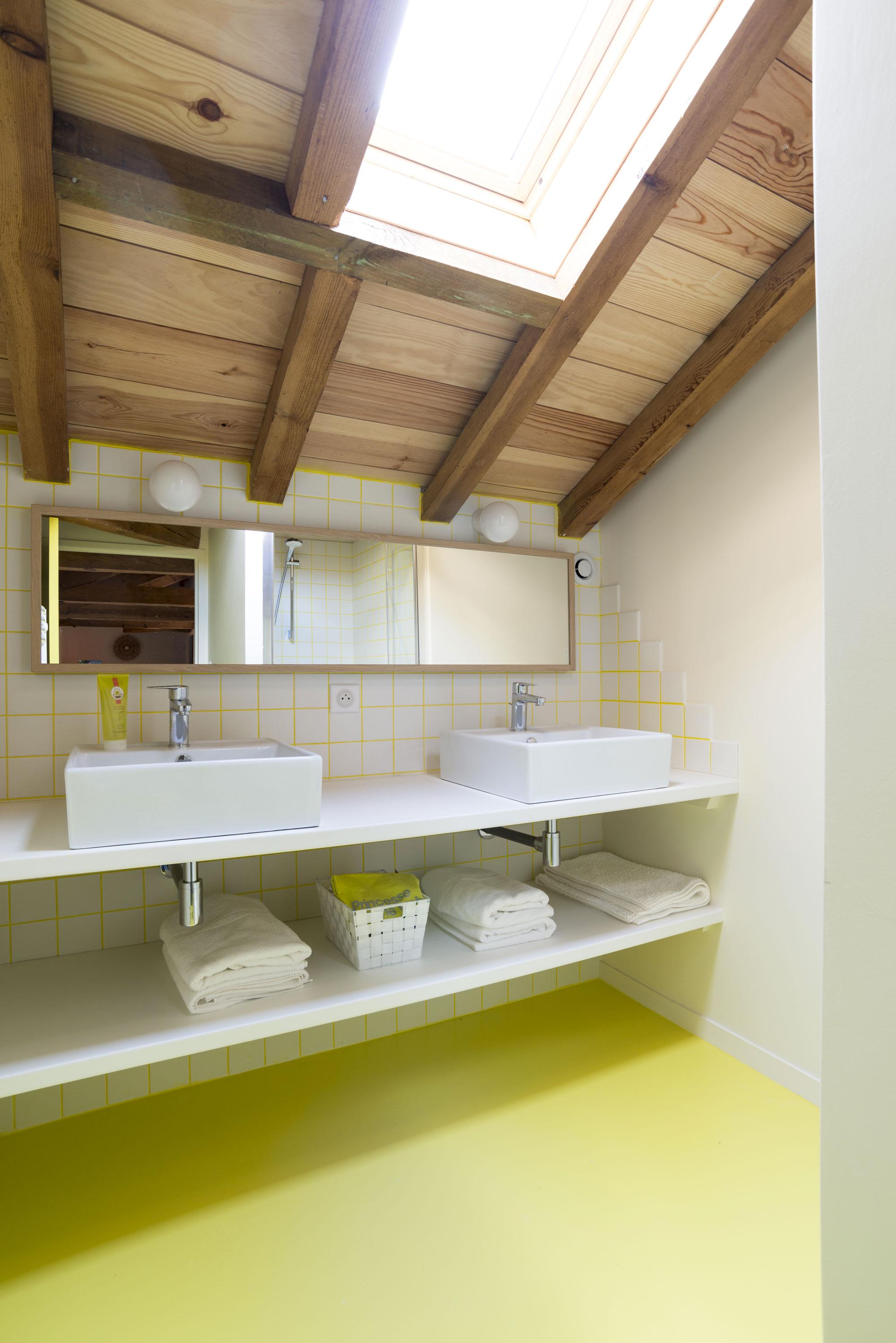Lala Architectes-landes-renovation-peinture couleur-salle de bain